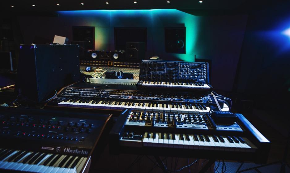 Angelic Studios Nick Elia MJE